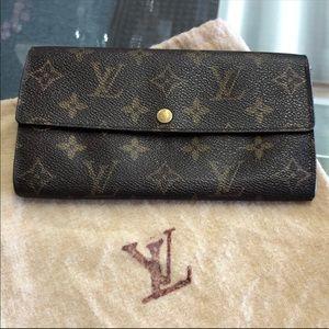 Louis Vuitton Sarah Monogram Wallet LV